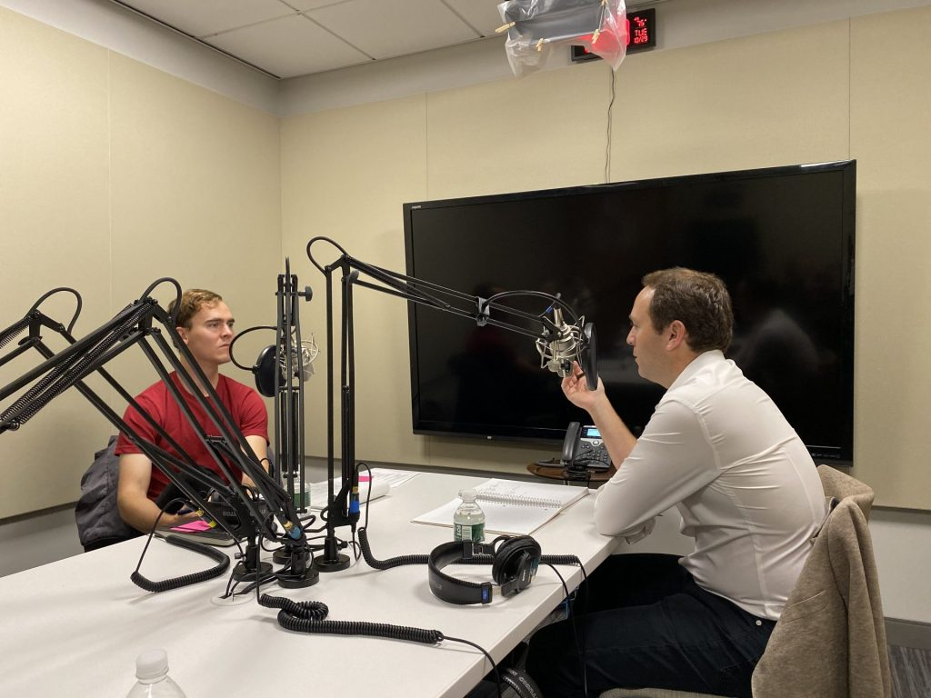 "RC Students Launch ""Start HBS,"" a Podcast to Learn from Entrepreneurial Journeys"